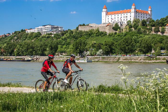 Paseo en bicicleta por Bratislava